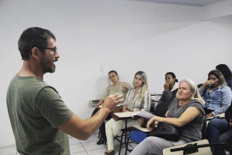 Sindifoz esclarece dúvidas de servidores da ESF de Itajaí e segue em busca de solução para impasse