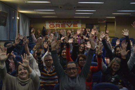 Servidores de Itajaí deflagram estado de greve