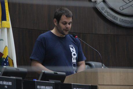 Assista: Presidente do Sindifoz defende os servidores de Itajaí na tribuna da Câmara de Vereadores
