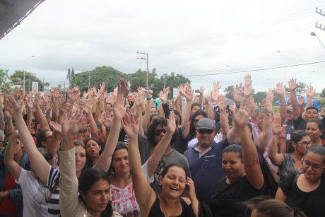Servidores rejeitam parte da proposta da Prefeitura de Navegantes e greve continua na segunda-feira