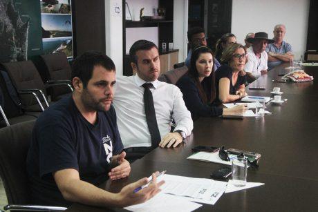 Em reunião, Prefeitura de Itajaí sinaliza proposta de revisão geral anual para ser debatida em Assembleia
