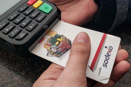 Novo cartão alimentação dos servidores de Itajaí chegará às secretarias até fim de maio