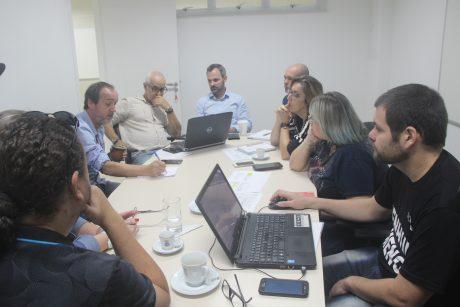 Seguem as reuniões e estudos sobre o vale-alimentação dos servidores de Itajaí