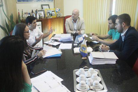 Sindifoz se reúne com prefeito de Navegantes para tratar de itens do acordo de greve