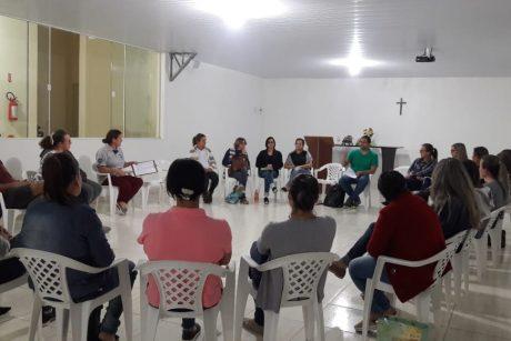 Servidores de Luiz Alves debatem projeto de lei de plano de carreira e estatuto do magistério