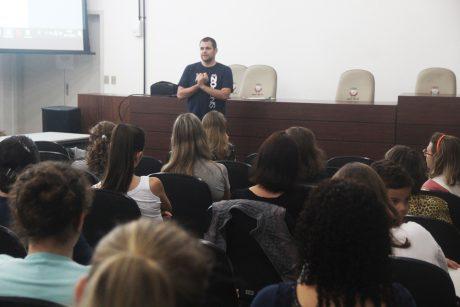 Servidores de Luiz Alves se posicionam contra a mudança para o regime estatutário