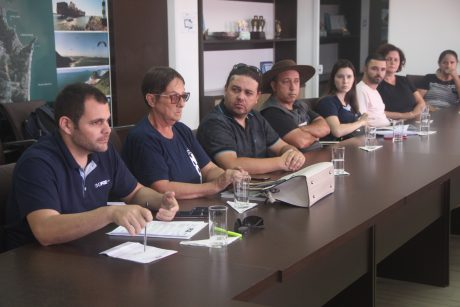 Comissão de negociação participa de reunião com equipe de governo de Itajaí